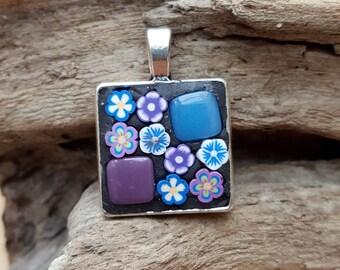 Mosaic Pendant Necklace Flower