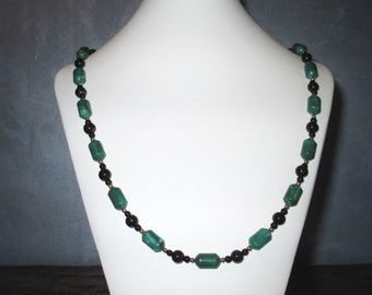 Green, black and gold long necklace