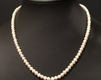"""18"""" Pearl Necklace with 14k Gold Spring Clasp"""
