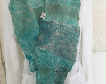 Nuno felted scarf/collar/Cascheur in turquoise unique