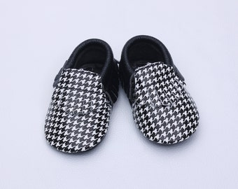 black baby shoes,baby boys shoes,wholesale baby shoes,baby first shoes,baby deer shoes,baby shoes leather,baby water shoes,first baby shoes
