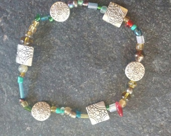 multi colored glass and silver plated beaded stretchy bracelet