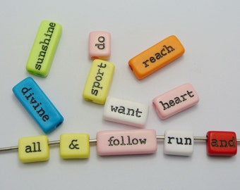 50Pcs Assorted Acrylic Inspirational Word Beads Mixed Color Jewelry Craft DIY