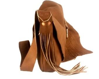 Brown shoulder bag with fringe