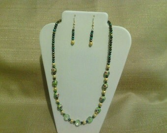218 Antique Style Gold Tone Filigree Metal Beads and Green Cloisonné Beaded Choker