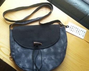 Crossed bag