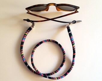 Cord hangs up goggles Bosa