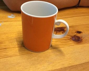 Cup orange
