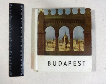 Photography book Budapest Memorabilia Photo illustrations Hungarian old pictorial Souvenir Pocket size childhood memory History book collect