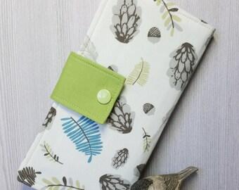 Woodland Women's wallet, handmade fabric wallet, bifold wallet, womans clutch wallet, checkbook wallet, credit card wallet, gift idea