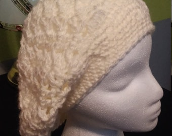 crocheted slouch. hat