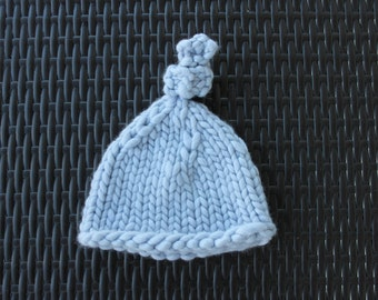 Soft Periwinkle Baby Hat in Unprocessed Wool– Made in USA