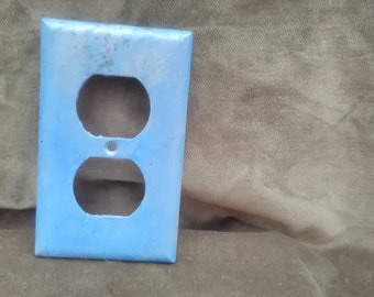 Outlet cover, blue