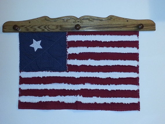 rag quilted american flag wall hanging. Black Bedroom Furniture Sets. Home Design Ideas