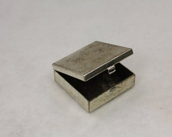 Small Silver Plated Pill Box Treasure Chest With Loop 32mm