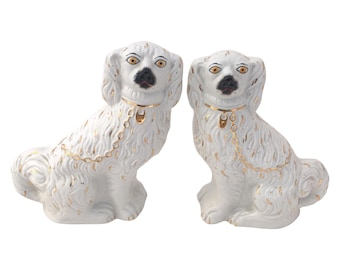 Vintage Staffoshire Spaniels 1960s Pair