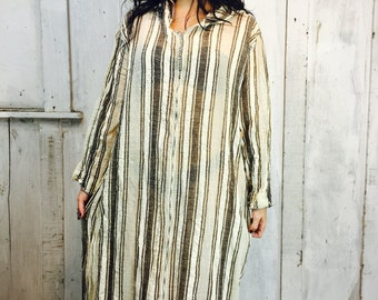Vintage Gauze Cotton Caftan// Gauzy Cotton Kaftan// Hooded Cloak Caftan// Boho Yoga Dress