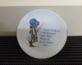 "Vintage 1978 Holly Hobbie Porcelain Small Plate/Pin Dish/Trinket Dish""Happy Birthday from the heart"" Collectibe Kitsch -Made In Japan"