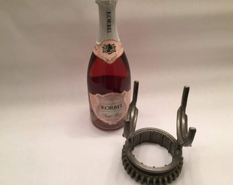 Transmission gear and fork beverage holder