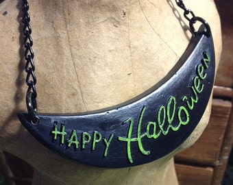 Happy Halloween Necklaces - Your Choice Orange Or Green - Kitsch Novelty Bib Necklace - Hand Cast Resin Plastic Lucite Fakelite