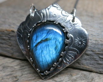 Queen Mab necklace ... fine silver / sterling sliver / bezel / cobalt blue labradorite