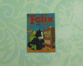 Dollhouse Miniature Cat Wall Plaque