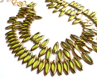 The Tracey- Green and Gold Glass Chain Statement Necklace
