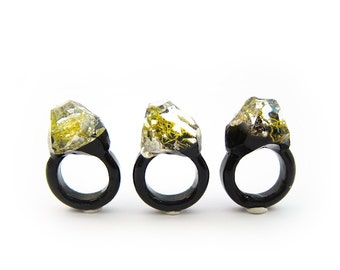 Lichen Moss Terrarium Resin Ring • Size 6.5 • Eco Resin Ring • Asymmetrical Unusual Ring • Resin Terrarium Ring • Nature Resin Ring • 3E
