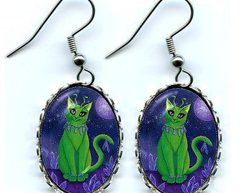 Alien Cat Earrings Space Cat Cute Green Alien Cat Big Eye Cat Art Cameo Earrings 25x18mm Gift for Cat Lovers Jewelry