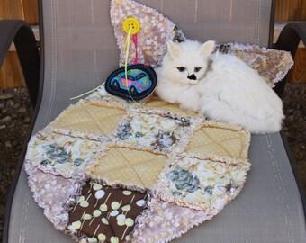 Cat Blanket, Fish Shaped Cat Mat, Cat Mat, Cat Bed, Yellow Cat Bed, Cat Quilt, Luxury Cat Blanket, Washable Cat Bed, Colorado Catnip Mat