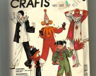 McCall's Adults' Clown Costume Pattern 2623