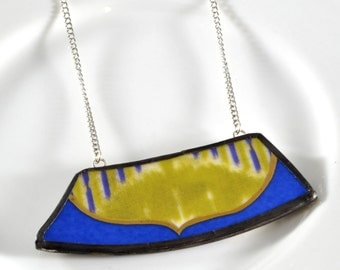 Wide Rim Broken China Jewelry Necklace  - Blue and Green Modern