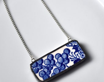 Broken China Jewelry Bar Necklace - Blue Willow