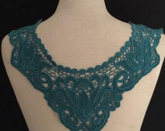 Collar Applique in Turquoise