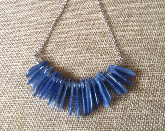 Blue Kyanite Spears Beaded Necklace /  Kyanite Stones on Thin Silver Chain / Minimalist Necklace / Layering Necklace
