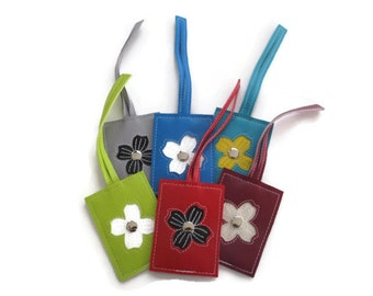 Travel Luggage Tag with Dogwood Flower in CUSTOM Colors by Tender Roni *Choose Your Own Colors*