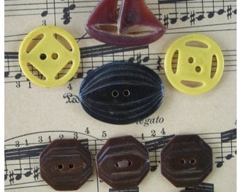 Collection of Vintage Bakelite Buttons