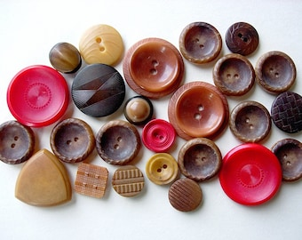 Neat Lot of Various Vintage Fancy Vegetable Ivory Nut Buttons