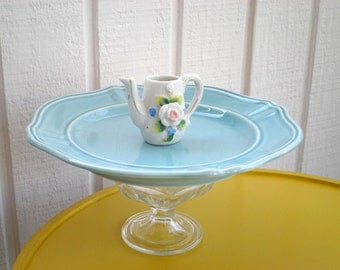 Vintage Tea Pot Cupcake Plate / Cookie Platter / Appetizer Stand - Upcycled Cottage Chic Mini Tea Pot Serving Plate - Gift for Mom / Hostess