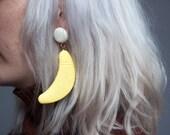 own sweet way banana earrings / novelty earrings / ceramic earrings / 878a