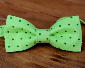 Boys St. Patrick's Day Bow Tie - green on green dot cotton boys bowtie - infant baby toddler child preteen kid bow tie   Easter, Christmas