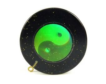 Yin & Yang Hologram Resin Pendants (2x) (P532)