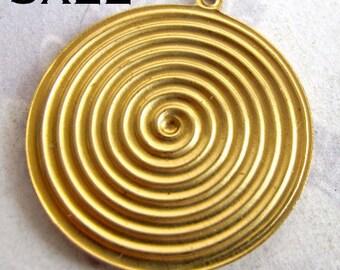 Brass Spiral Pendants (4X) (V396) SALE - 50% off