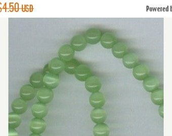 CLEARANCE 4mm Light Green Cats Eye Beads