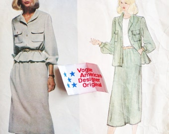 Vintage Vogue American Designer Original Sewing Pattern Bill Blass 80s Jacket and Skirt Suit Vogue 2083 34 Bust with Label