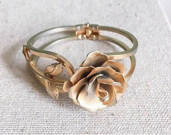 Sweet Vintage 50s 60s Rose Gold Tone Hinge Cuff Bracelet