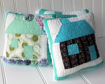 Vintage Quilt Pillow - Quilted House Accent Pillow - Chenille Back  - Green White Blue - Primitive Decor - Tattered