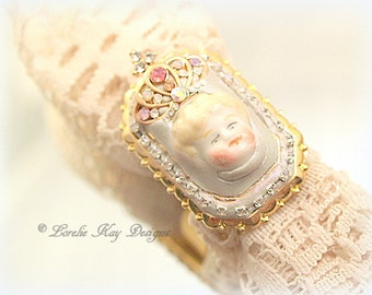 Tiny Queen Doll Head Ring Gold Plated Tiny Blonde Hair Frozen Charlotte Doll Head Ring