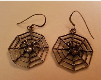 SALE Vintage Sterling Silver Spider on Web Earrings Gothic Spiderweb