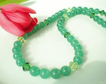 Chinese Jade Beaded Necklace Swarovski Crystals Emerald Peridot